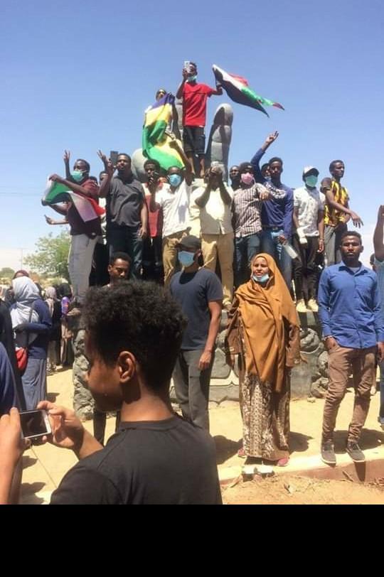 Sudan, Stop A Dialogo Con Militari. Esercito Minaccia Manifestanti