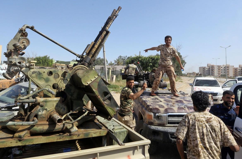 Libia, Quasi 300 Morti In 3 Settimane. Diplomazie E Onu Arrancano