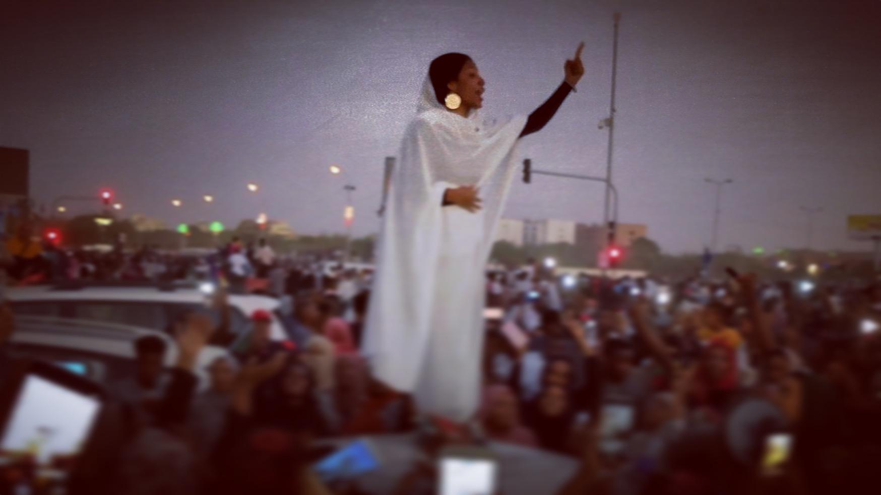 Sudan, è Donna Il Volto Della Rivoluzione Che Da' Speranza A Un Popolo