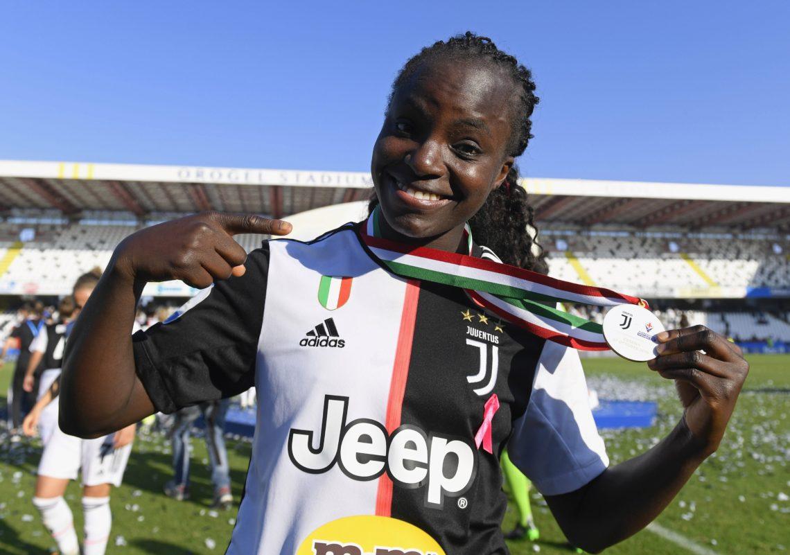 Discriminazioni E Odio Razziale: Se Eniola Aluko, Nigeriana Stella Del Calcio In Italia, Dice Basta