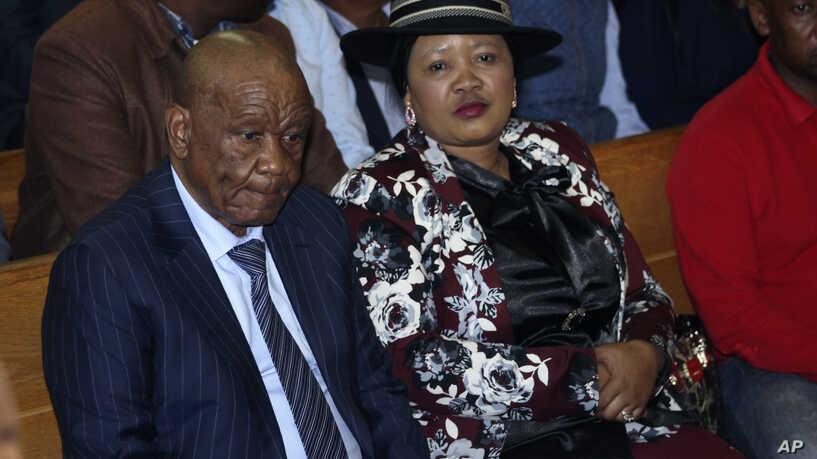 Lesotho, Primo Ministro Thabane Si Dimette: è Accusato Dell'omicidio Di Sua Moglie