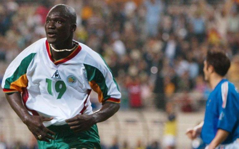 """Senegal, La """"négritude"""" Di Papa Bouba Diop Eroe Del Mondiale Di Calcio 2002"""