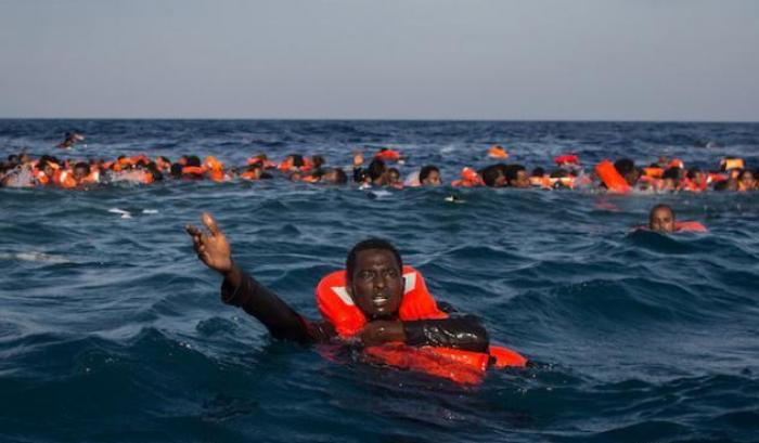 Migranti , I Naufraghi Continuano A Morire Nelle Acque Del Mediterraneo