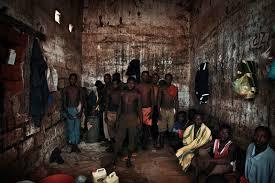 Burundi, Il Presidente Grazia Il 40% Dei Suoi Detenuti
