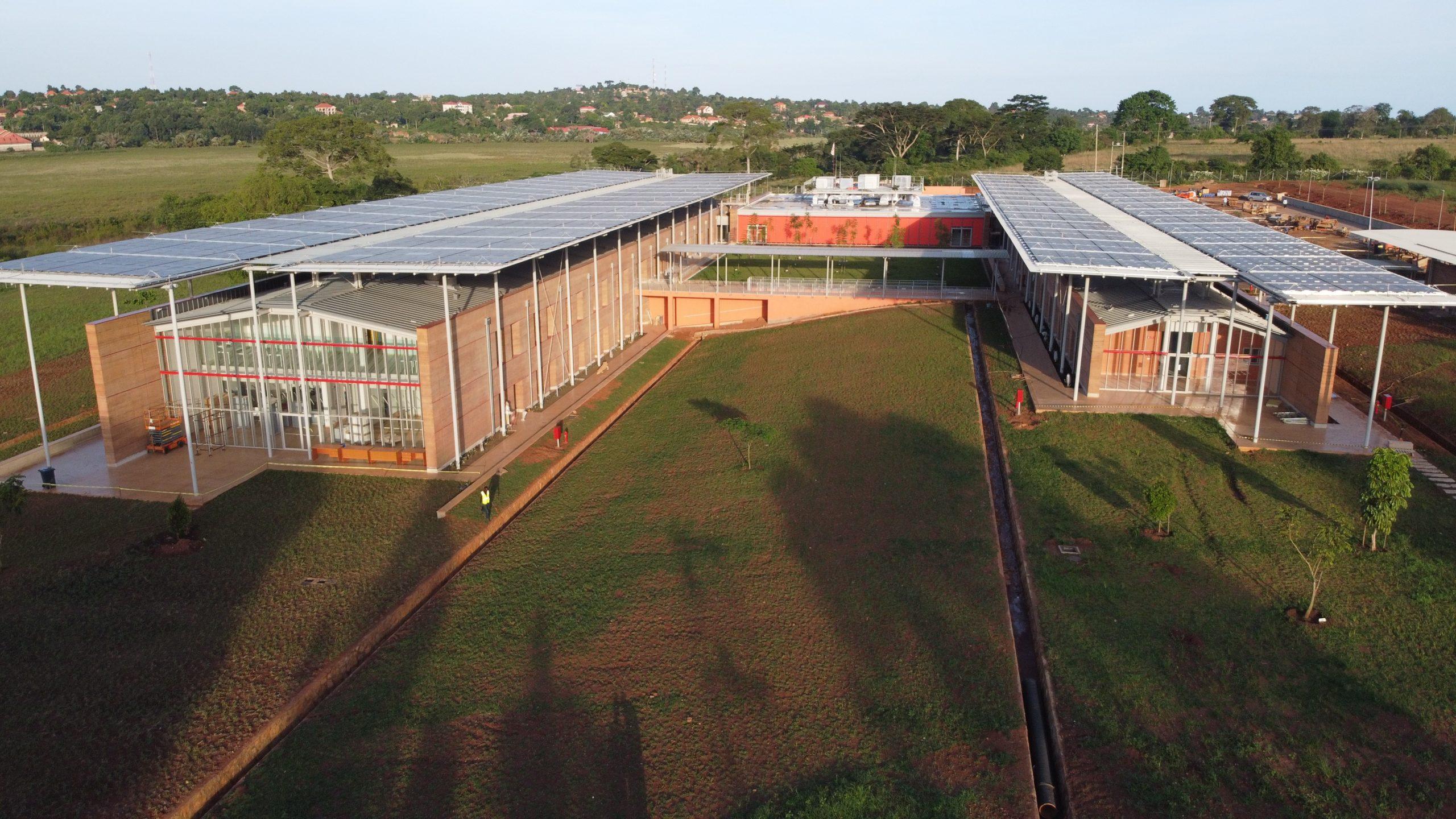 Uganda, Inaugurato L'ospedale Pediatrico Di Emergency Disegnato Da Renzo Piano