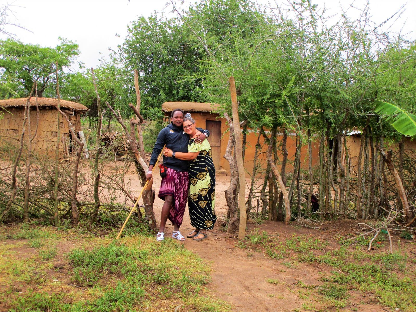 Cristina E William, Un Amore 'africano' Tra Un'italiana E Un Maasai