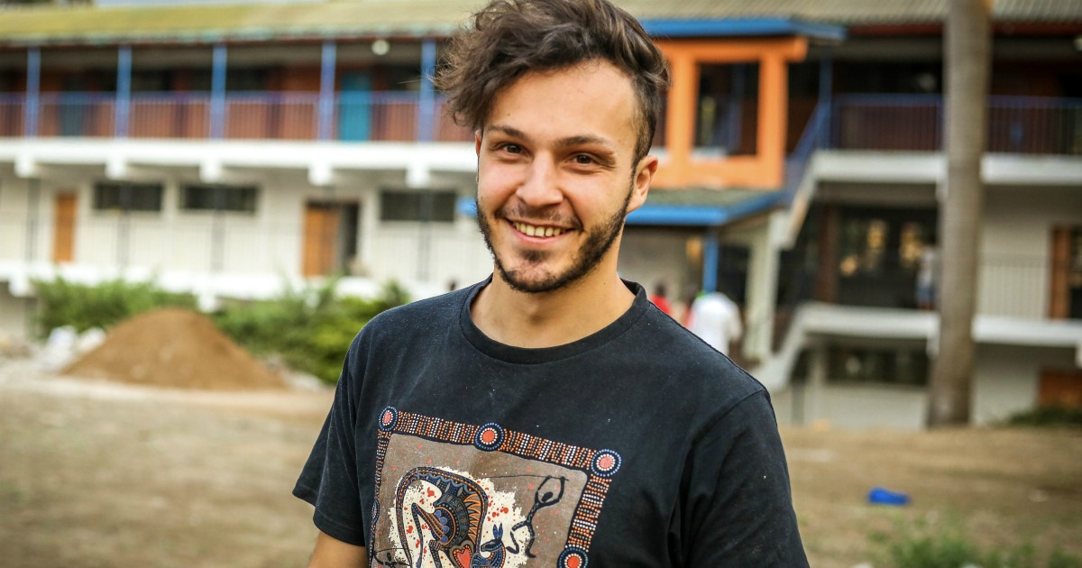 Profughi: Sosteniamo Nicolò Govoni, Giovane Attivista Per I Diritti Umani